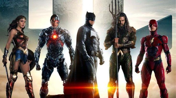 https://youtu.be/3cxixDgHUYw ] HOLLYWOOD * 28 de marzo de 2017. El estudio Warner Bros divulgó el primer avance oficial de su película de superhéroes Justice League, que llegará el 17 de noviembre a los cines de todo el mundo. La historia de la película tiene lugar tras Batman vs Superman, en...