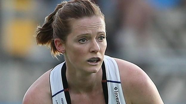 Olympic hockey champion Helen Richardson-Walsh talks about her struggles with depression as part of World Mental Health Day.