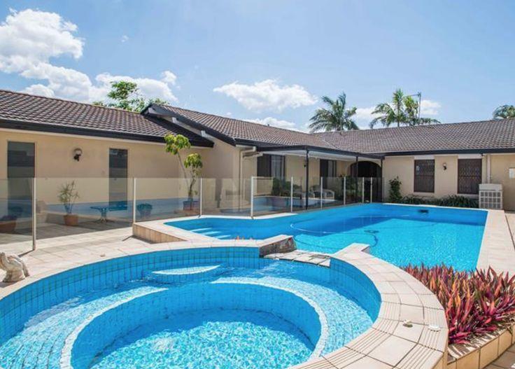 4 BED, 2 BATH, 2 CAR, Pet Friendly | $770 per week  |  13 Boomerang Crescent, Bundall QLD