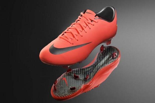 Nike mercurial vapor 8: Vapor Viii, Expensive Soccer, Style, Cool Soccer Cleats, Mercury Vapor, Nikes, Soccer Shoes, Nike Shoes, Nike Mercury