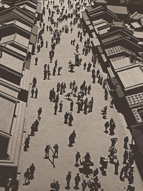Nihonbashi- circa 1858 by Rekishi no Tabi on Flickr.