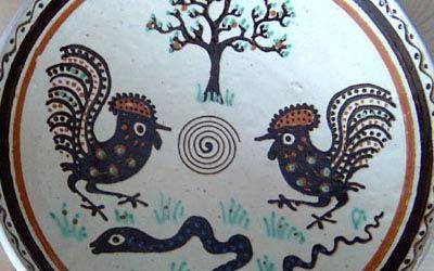 Other Horezu motifs on pottery.