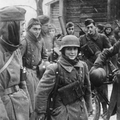 1942-soldier-french-front-eastern