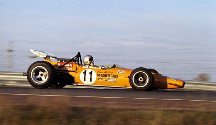 Bruce McLaren / McLaren M14A  / Ford