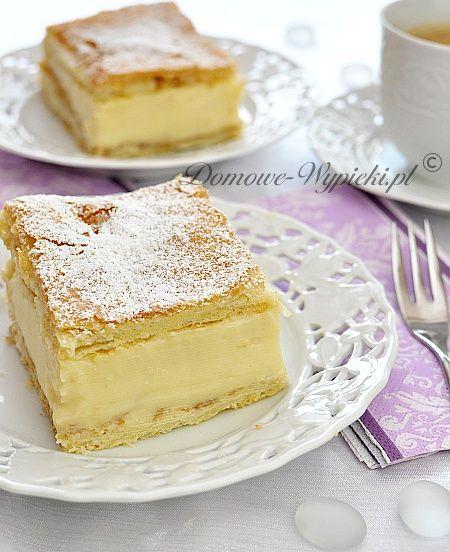 Prezentuję Wam przepis na pyszną kremówkę (napoleonkę). O nazwę tego ciastka sprzeczali się już nie jedni ;-). Pochodzę z Małopolski...
