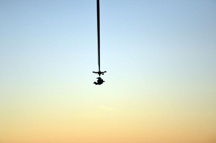 Alan Eustace, a Google vezérigazgató-helyettese új massági világrekordot állított fel - megdöntve Felix Baumgartner kétéves rekordját - amikor 41424 méter magasból hajtott végre ejtőernyős ugrást.