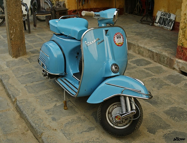 I want a Vespa but I would first need to work up the courage to drive one around NYC
