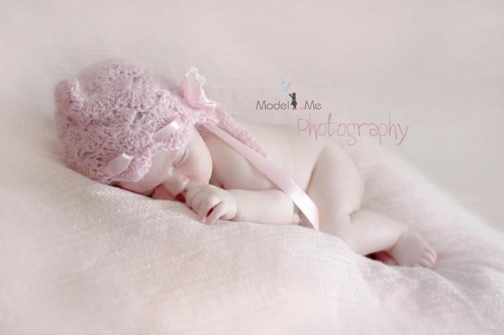 The dreamy swirl bonnet in pink from PropJar. Photo taken by Model Me Photography. www.facebook.com/PropJar