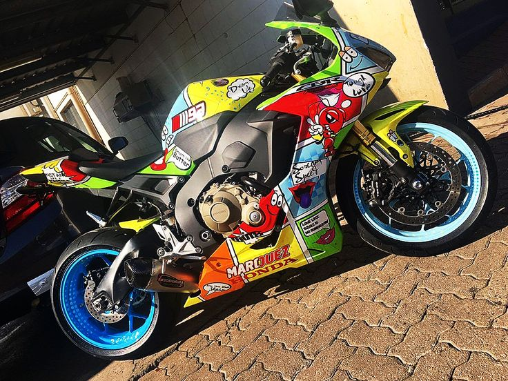 All Eyes On Me | Honda CBR1000RR painted by PAZ.
