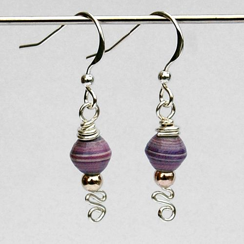 Paper bead earrings again :D