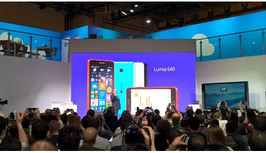 Microsoft Lumia 640 and Lumia 640 XL unveiled, w/ video hands on http://www.uswitch.com/mobiles/news/2015/03/microsoft_lumia_640_and_lumia_640_xl_unveiled_w_video_hands_on/