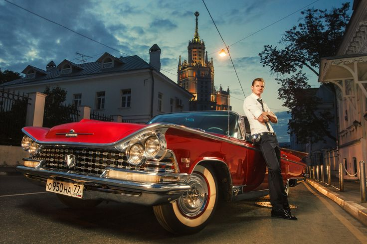 Moscow. Goncharnyi proezd. Dmitry Tarasov. Football player. Retrocar. Lokomotiv