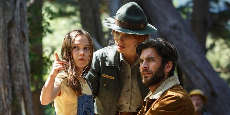 Oona Laurence Bryce Dallas Howard and Wes Bentley in Petes Dragon Wes Bentley…