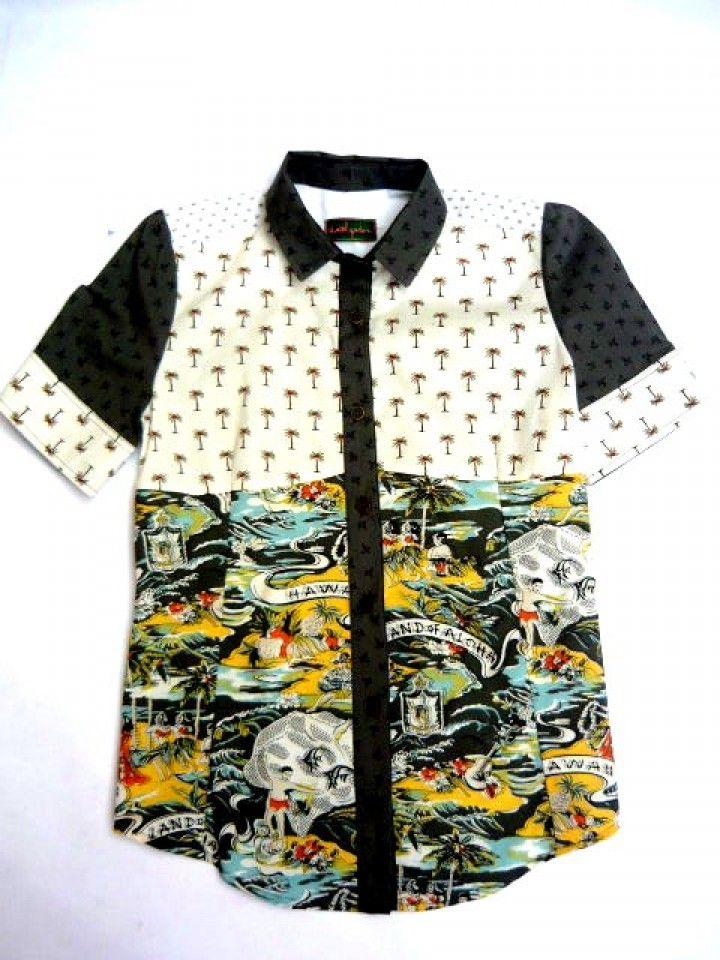 Esta camisa fue hecha con la reutilizacíon de generos de prendas que nosotras mismas confeccionamos .talle 38
