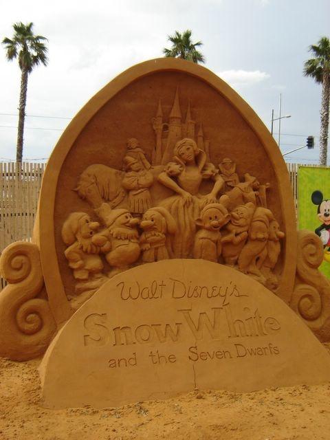 Snow White sand sculpture