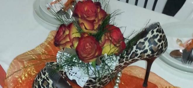 #Wedding Flowers #Lambert's Bay, #West Coast # South Africa #Farvalina Flowers specialises in Professional Flowers combining flowers with materials found in nature's treasure chest, magical