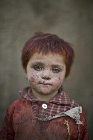 Afghaans vluchteling,  3 jaar. ♡