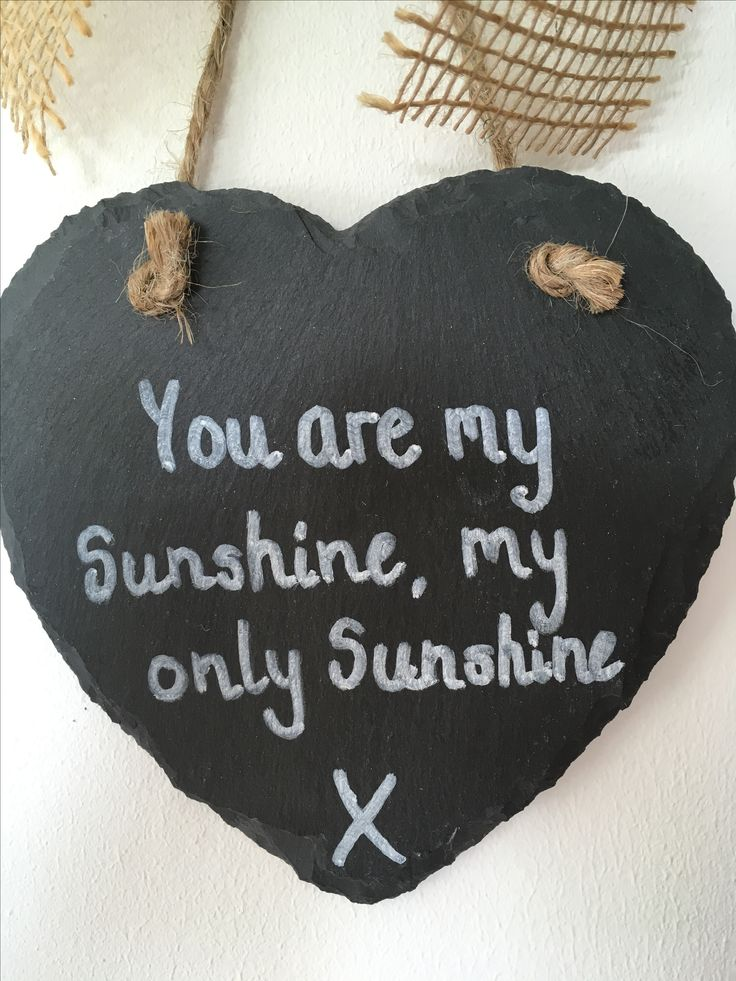 Slate hearts with hessian bow can be personalised with any message #youaremysunshine #whatififall #slatehearts #personalisedslatehearts #personalisedsigns #anyquotesigns #chalkboardsign