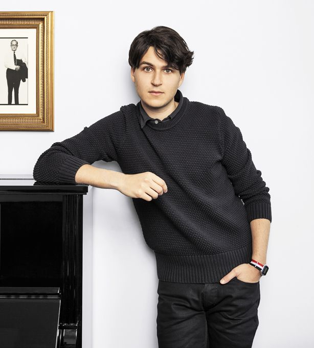 How I Dress Now: Ezra Koenig - Best Dressed Musicians Ezra Koenig Vampire Weekend - Esquire