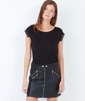 Effet cuir et multi zips pour un look rock et trendy!  - Jupe  - Zips  - Effet cuir  - Le mannequin mesure 176cm et porte une taille S/36