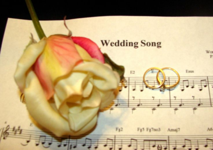Listen to  awesome Christian Wedding music, Christian  songs, Processional, Groom, Bride's entrance, Recessional, First dance, Father daughter dance, Reception, Bouquet, Bridesmaids