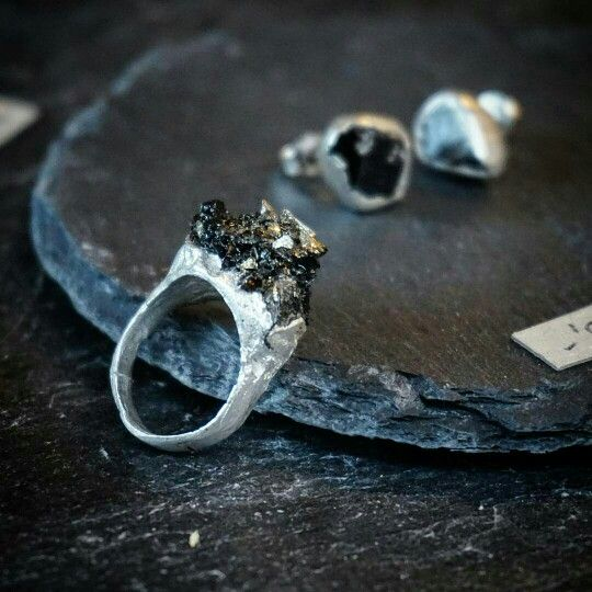 Big quarry massive #silver #ring and black #turmaline #stone More is more. #bohostyle #jewellery #boho #grunge #jewelry
