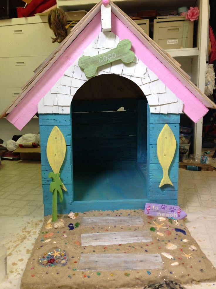 beach style dog house