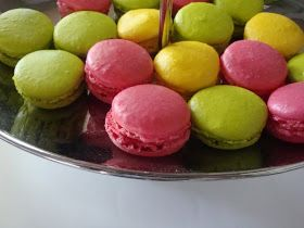 Himmelske kager: Farverige macarons