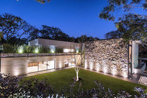 Real de Hacienda III, Città del Messico, Sobrado + Ugalde Arquitectos
