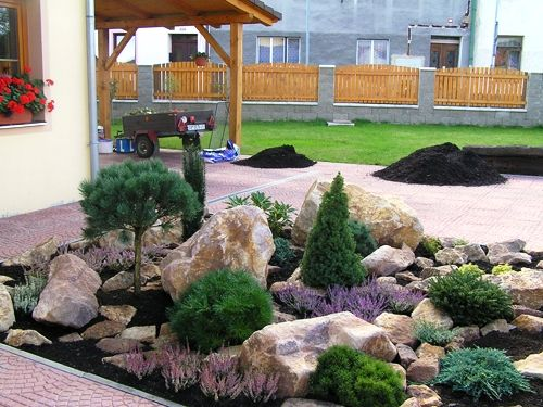 Kameny v zahradě :: www.INZADESIGN.cz