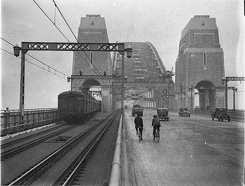 First cars and trains across Sydney Harbour Bridge, March 1932 / Sam Hood by State Library of New South Wales collection, via Flickr