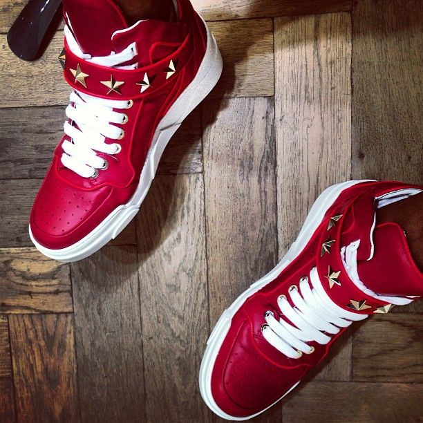 a8e6066f6e78 Lowest Price Nike Yeezy 2 Cheap sale Givenchy by Mache Customs B ...
