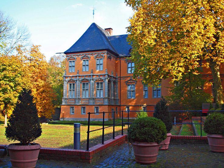 Schloss Rheydt im herbstlichen Licht, 03
