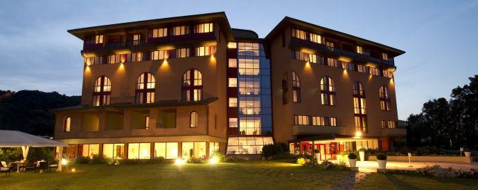 esterno dell'hotel http://www.centribenessereofferte.it/toscana/week-end-benessere/offerte-hotel-con-spa-a-chianciano-terme-37
