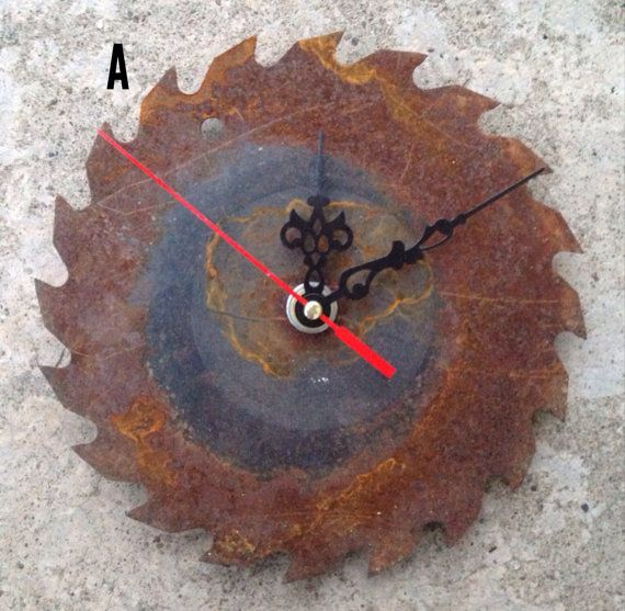 Upcycled Saw Blade Clock 7