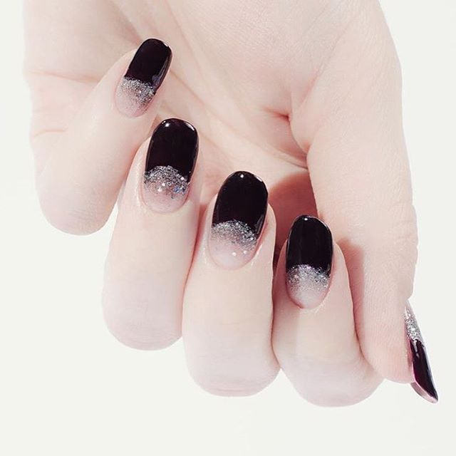 @palemoonseattle's half moon sparklers are perfect for #NYE