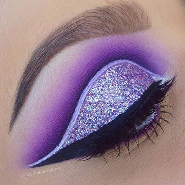 Katina from @doyouevenblend knocks it out of the park again with this stunning #cutcrease with the help of our Furless brushes of course