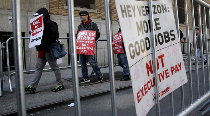 Union files FCC complaint over Verizon 'deception' as worker strike hits 3rd week  http://pronewsonline.com  Members of the Communications Workers of America (CWA) picket in front of Verizon Communications Inc. corporate offices during a strike in New York City, April 13, 2016. © Brendan McDermid