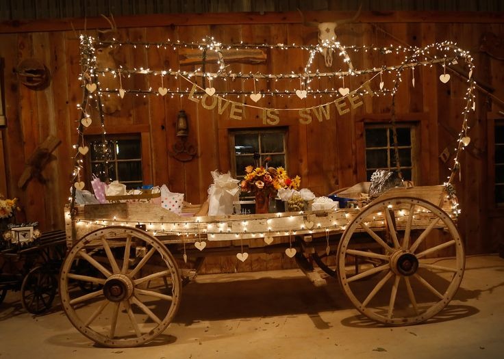 rustic wedding decor at Rio Cibolo Ranch. Gift table holder for wedding presents