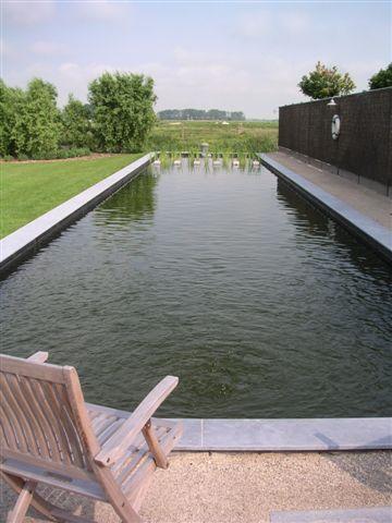 25 beste idee n over zwemvijvers alleen op pinterest natuur zwembaden natuurlijke - Zwembaden ecologische ...