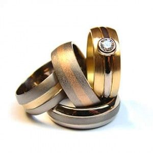 Unusual handmade wedding rings - The Wedding SpecialistsThe Wedding Specialists