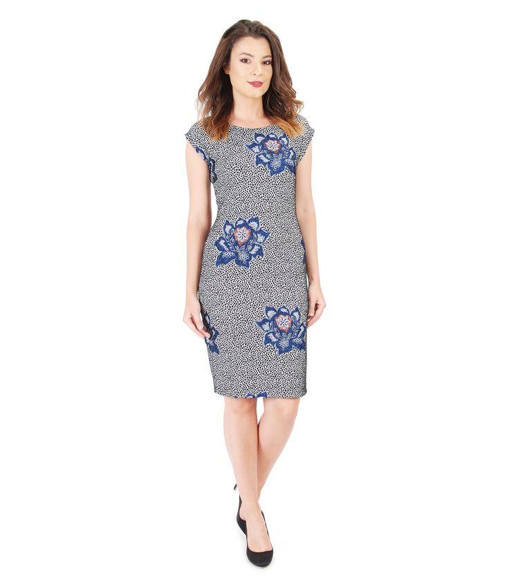 This Fall wear big flowers   Brocade dress YOKKO   Fall16  #brocade #flowerprints #dress #fall16 #newcollection #yokkoinspiration #style #daydress