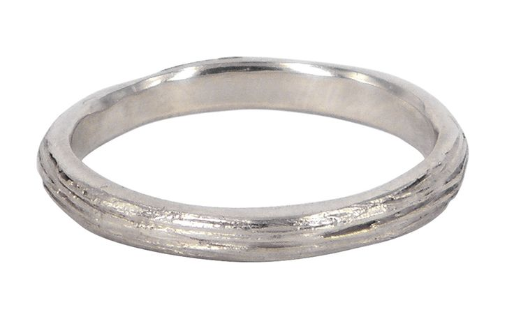 Very thin scribed ring in 9ct white gold