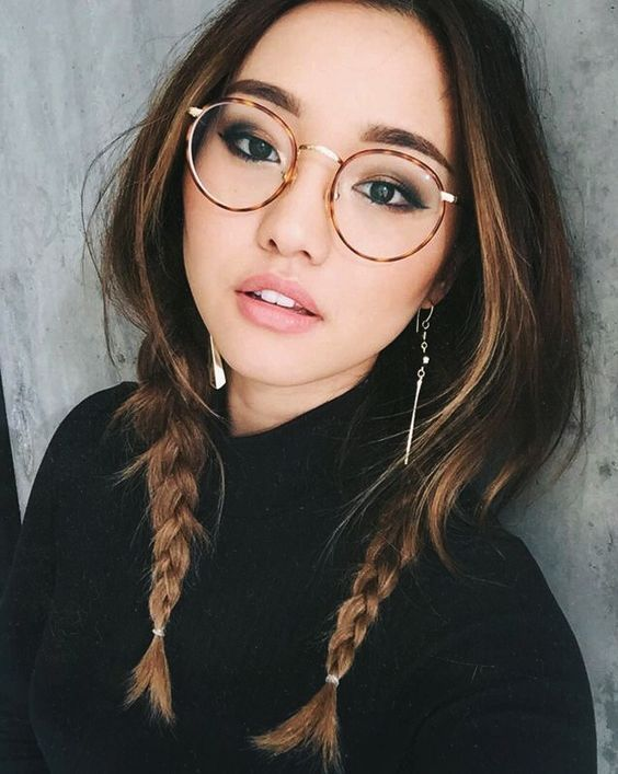 Braids and glasses and natural make up :: Pinterest: pearlxoxoxo