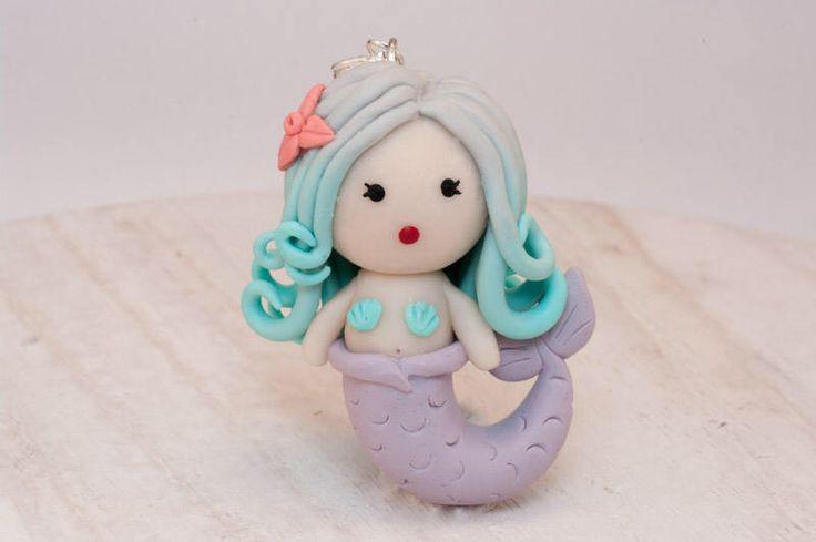 Een persoonlijke favoriet uit mijn Etsy shop https://www.etsy.com/nl/listing/529438489/zeemeermin-ketting-de-kleine-zeemeermin