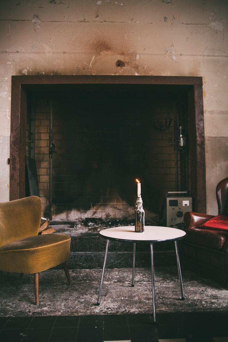 Bovenruimte / #Fireplace / Knus / Old factory / Industrial / Raw / www.ketelhuis.com / Photo by: Miss Lalamoure