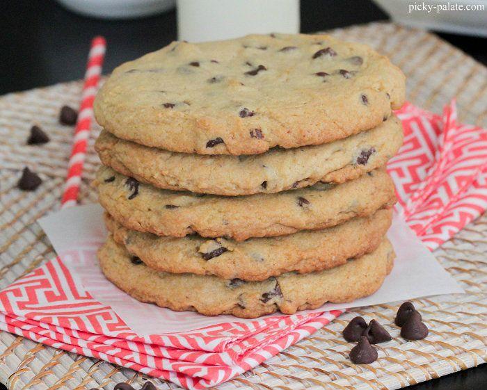 XXL chocolate chip cookiesStyle Xxl, Xxl Chocolates, Chocolate Chips, Chips Cookies, Chocolates Chips, Picky Palate, Bakeries Style, Style Chocolates, Chocolate Chip Cookies