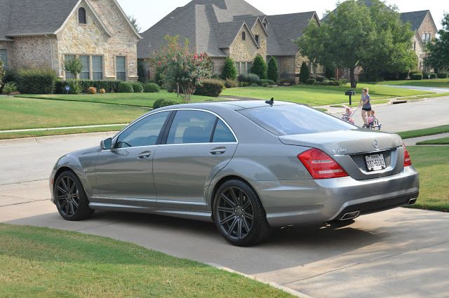 "Mercedes-Benz W221 S550 on 20"" Vossen Wheels 