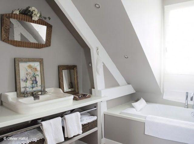 Les 25 meilleures id es de la cat gorie salle de bains taupe sur pinterest - Salle de bain taupe et beige ...