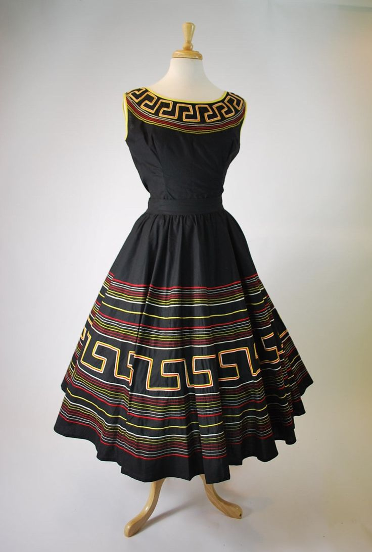 1950's 2 pc Mexican Circle Dress Amazing Chain Stitching VLV ! by govintagego on Etsy